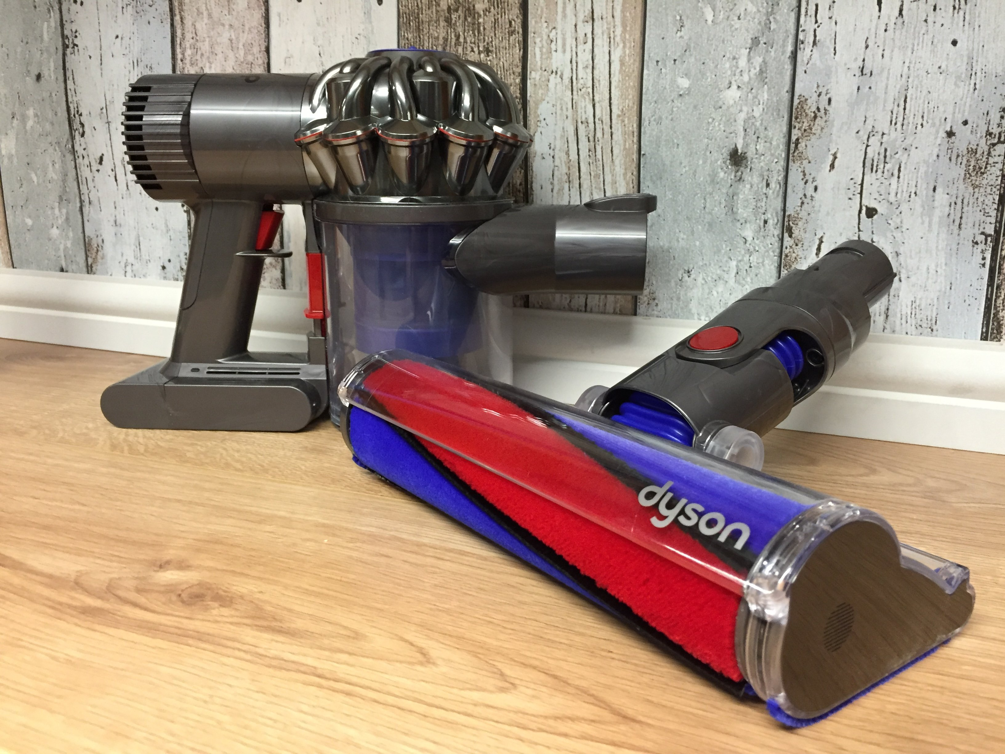 Dyson V6 Fluffy Review A Handheld Vacuum Perfect For Hard