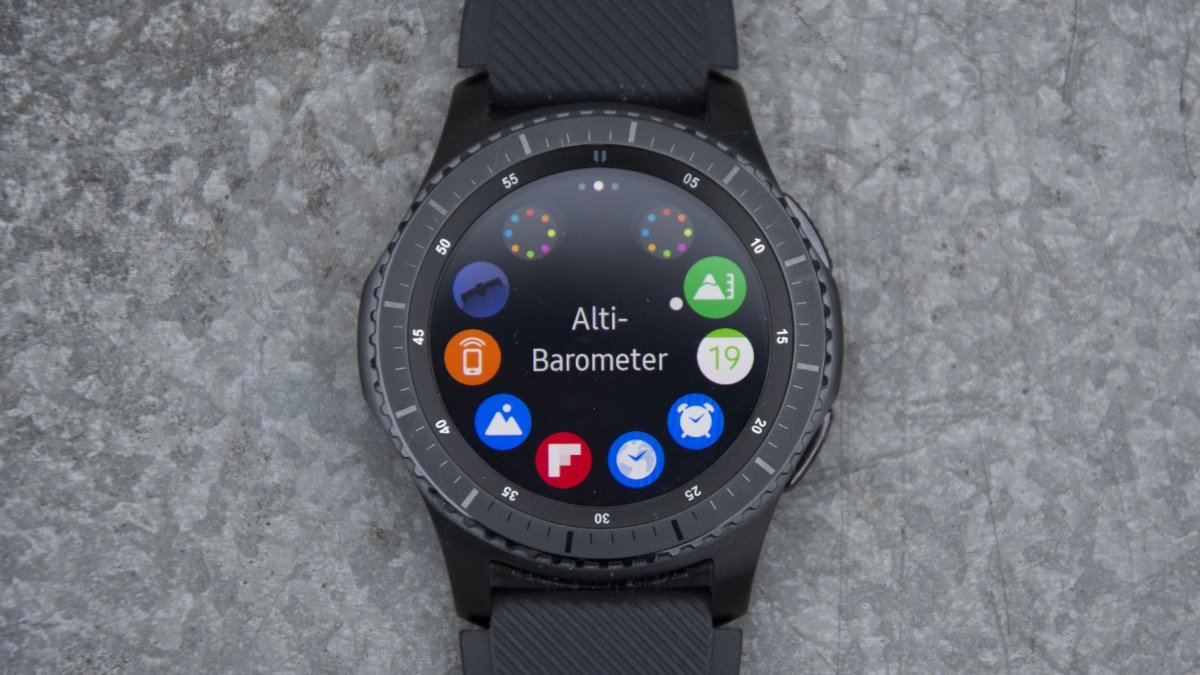Samsung Gear S3 review: A luxurious smartwatch, now even ...