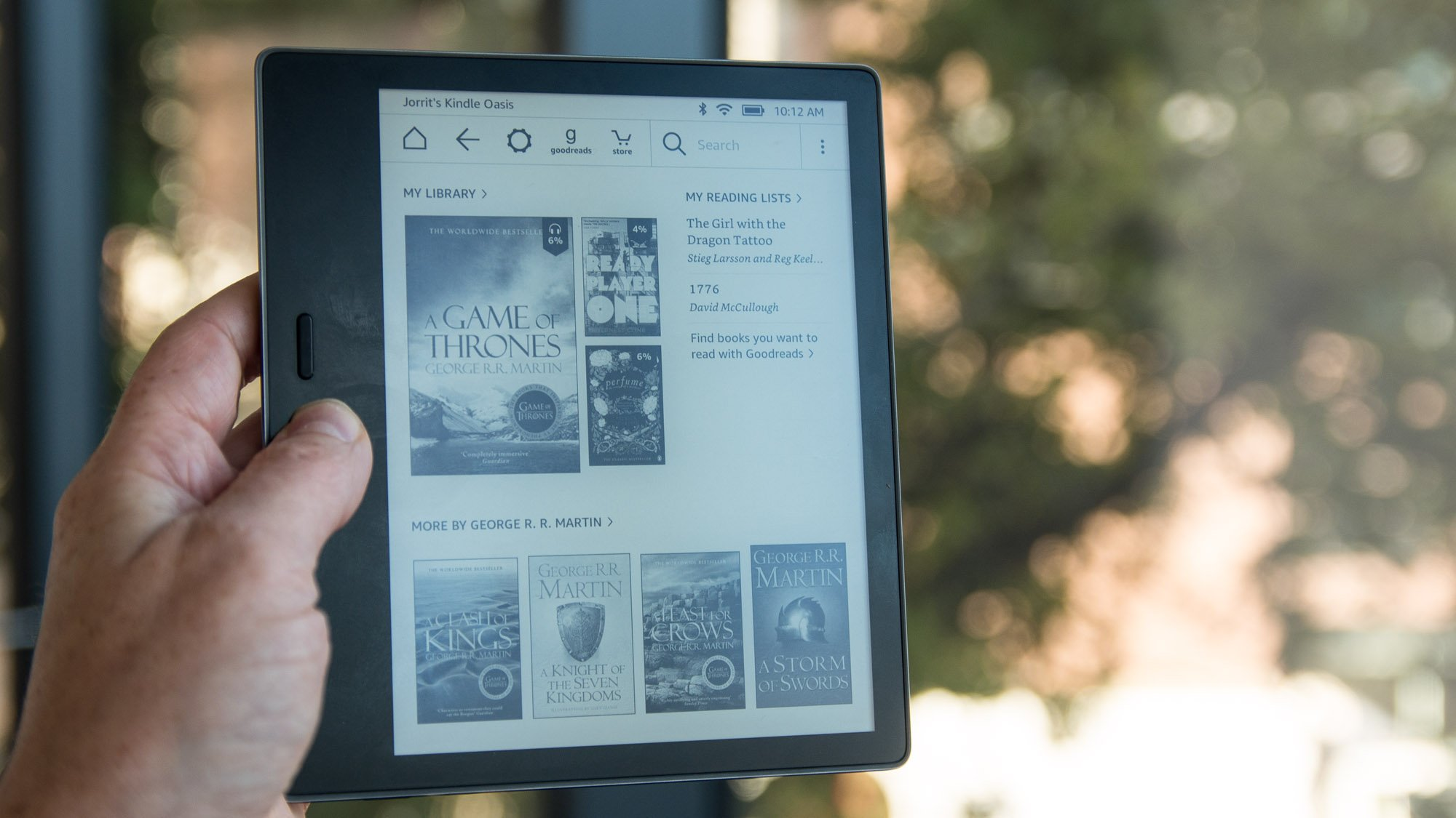 Amazon kindle oasis 2017 review amazons premium waterproof e amazon kindle oasis 2017 review amazons premium waterproof e reader expert reviews fandeluxe Gallery