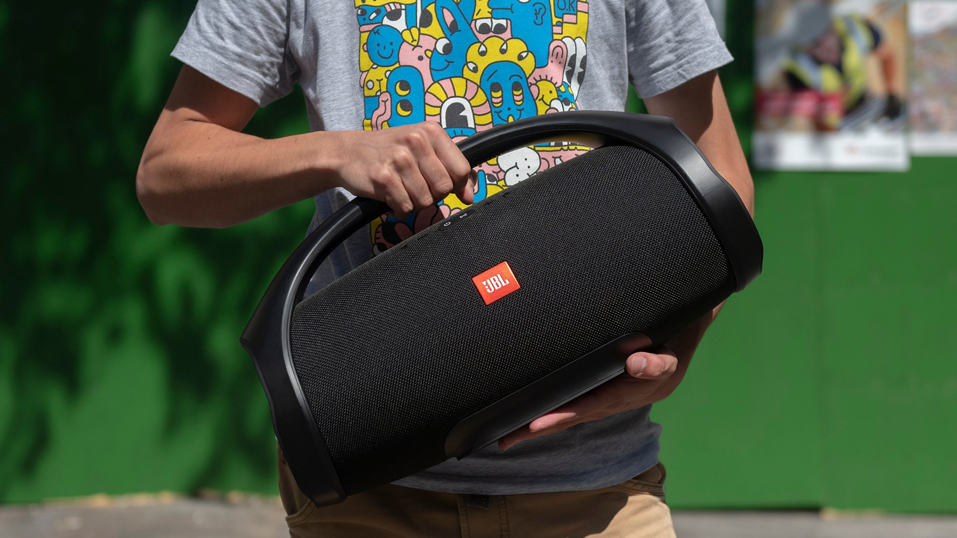 jbl boombox review the best bluetooth speaker for bass expert reviews. Black Bedroom Furniture Sets. Home Design Ideas