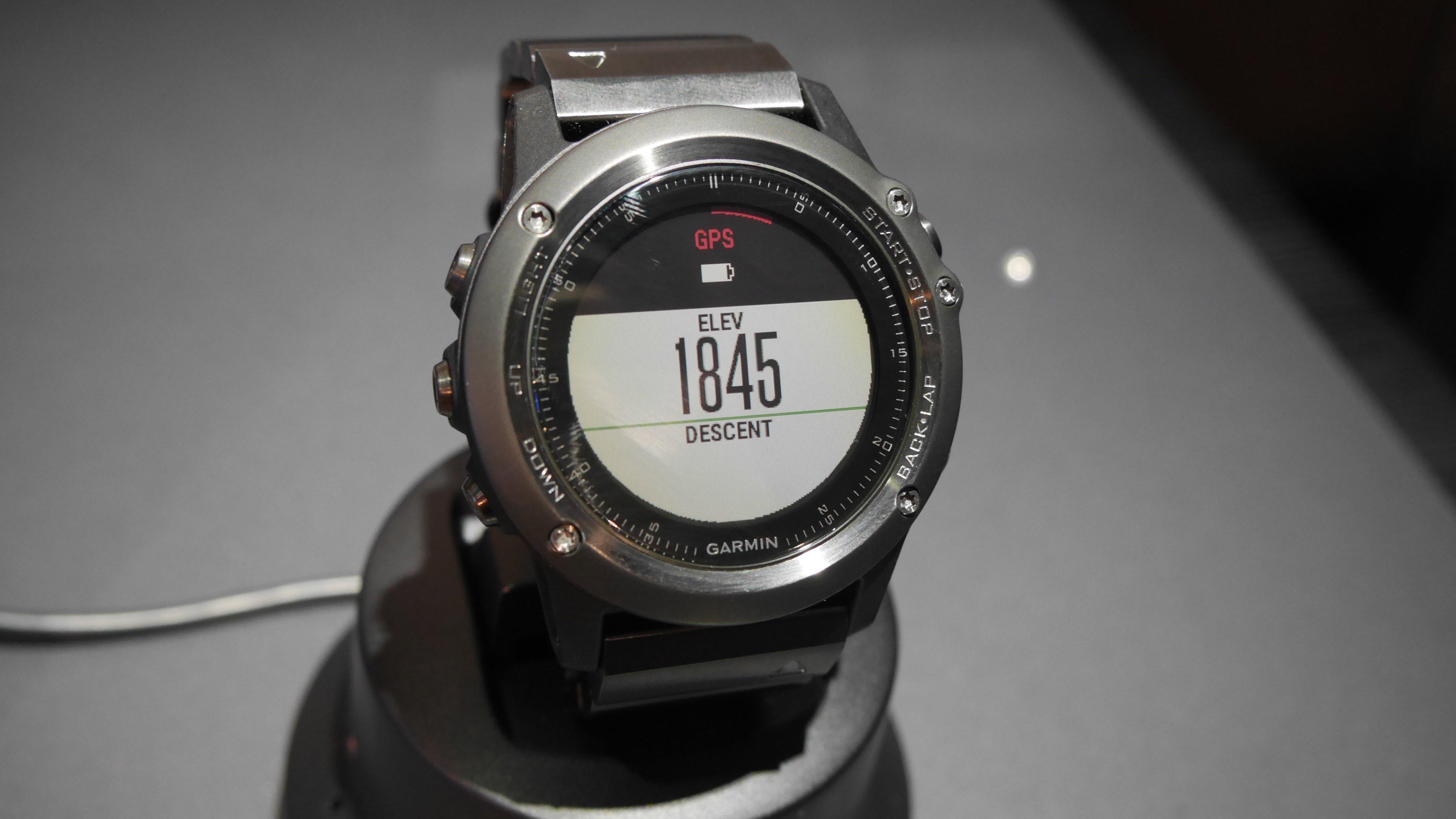 Epix leads the way for garmin s 2015 gps watch range expert reviews
