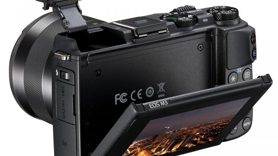 Canon EOS M3 tilting screen