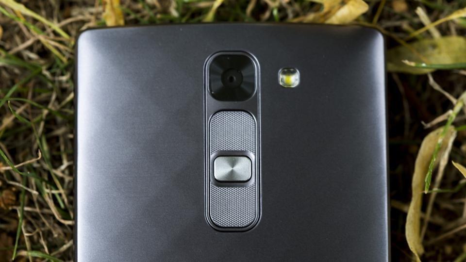 LG G4c rear camera