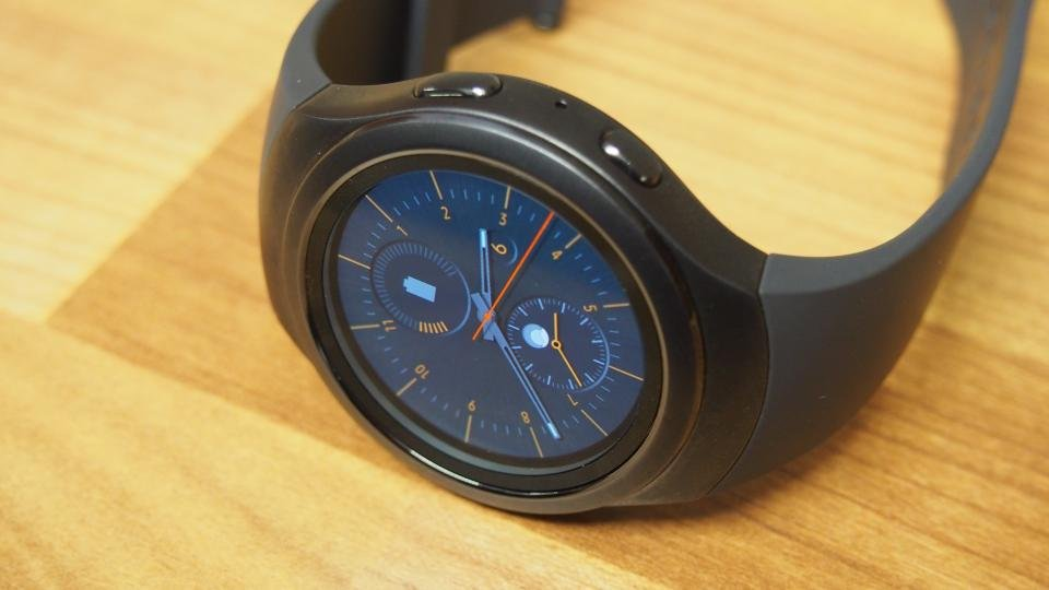 Samsung Gear S2 review: Worth buying in 2018?