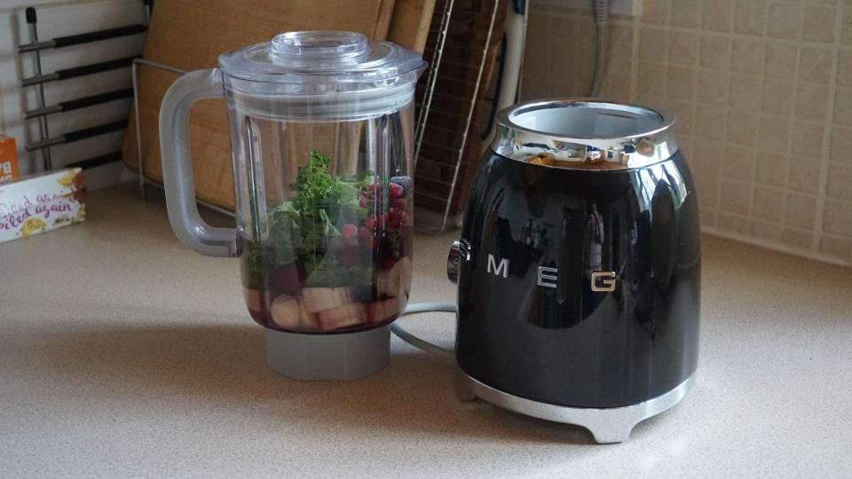 Smeg blender blf01 review expert reviews Kitchen appliance reviews uk