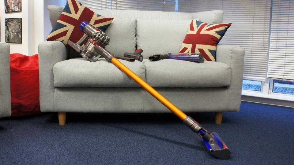 dyson v8 absolute review still the best cordless vacuum expert reviews. Black Bedroom Furniture Sets. Home Design Ideas
