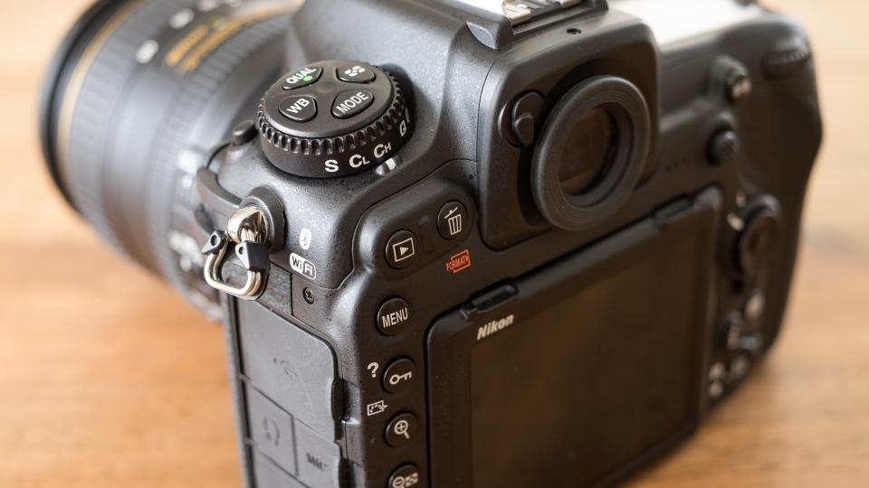 Nikon D500 controls