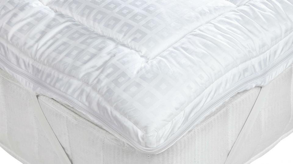 coast comfortable comforter pacific topper blog with bedding image brings most toppers ultimate mattress deluxebafflebox comfort prod fb
