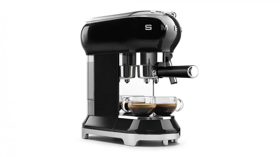 Smeg Ecf01 Espresso Coffee Machine Review A Basic