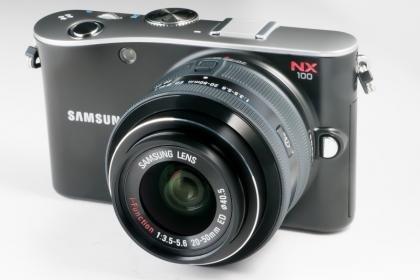 Samsung NX100 2