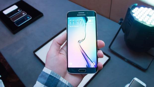 Samsung Galaxy S6 Edge hands on hero