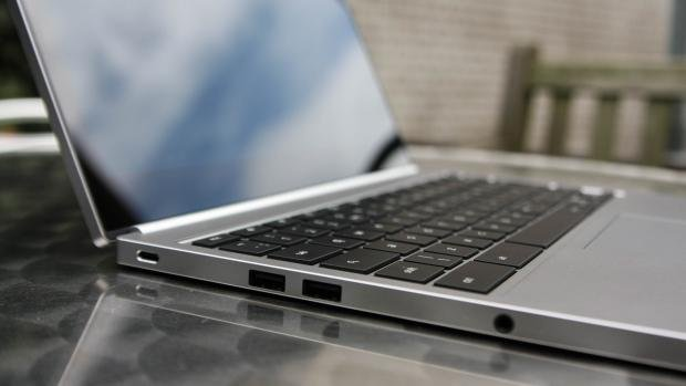 Chromebook Pixel side ports USB Type-C