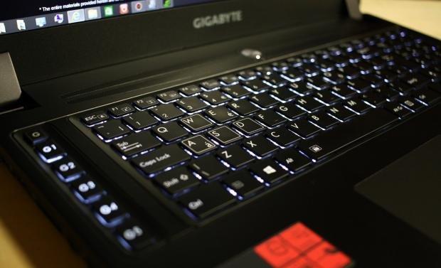 Gigabyte P37W keyboard
