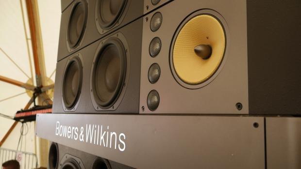 B&W Sound System 2
