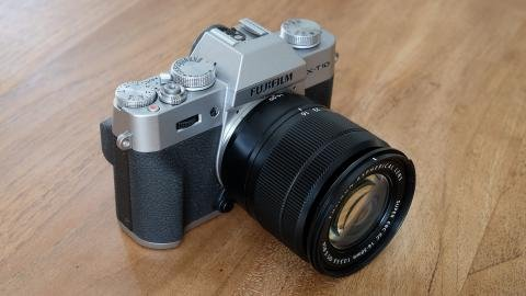 Fujifilm X-T10 angle