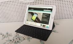 Apple 9.7-inch iPad Pro hero