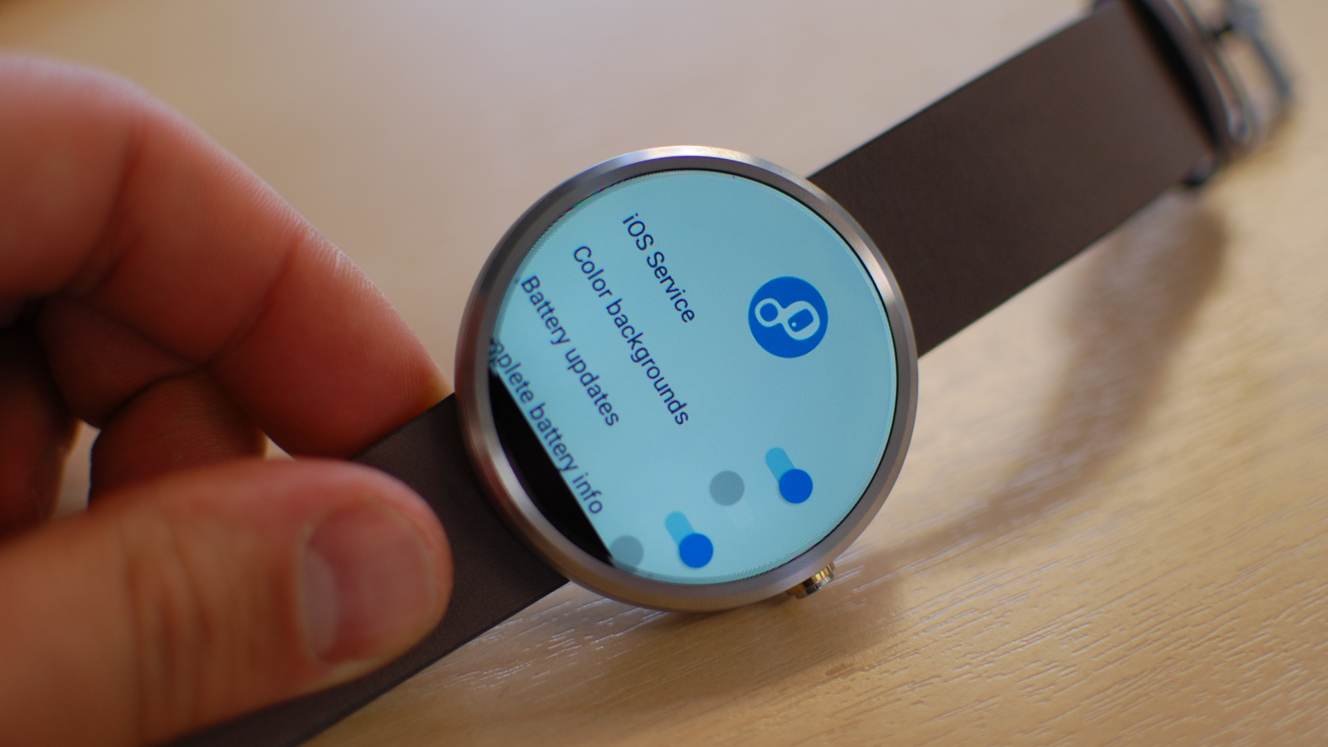 How to use an Android Wear smartwatch with your iPhone