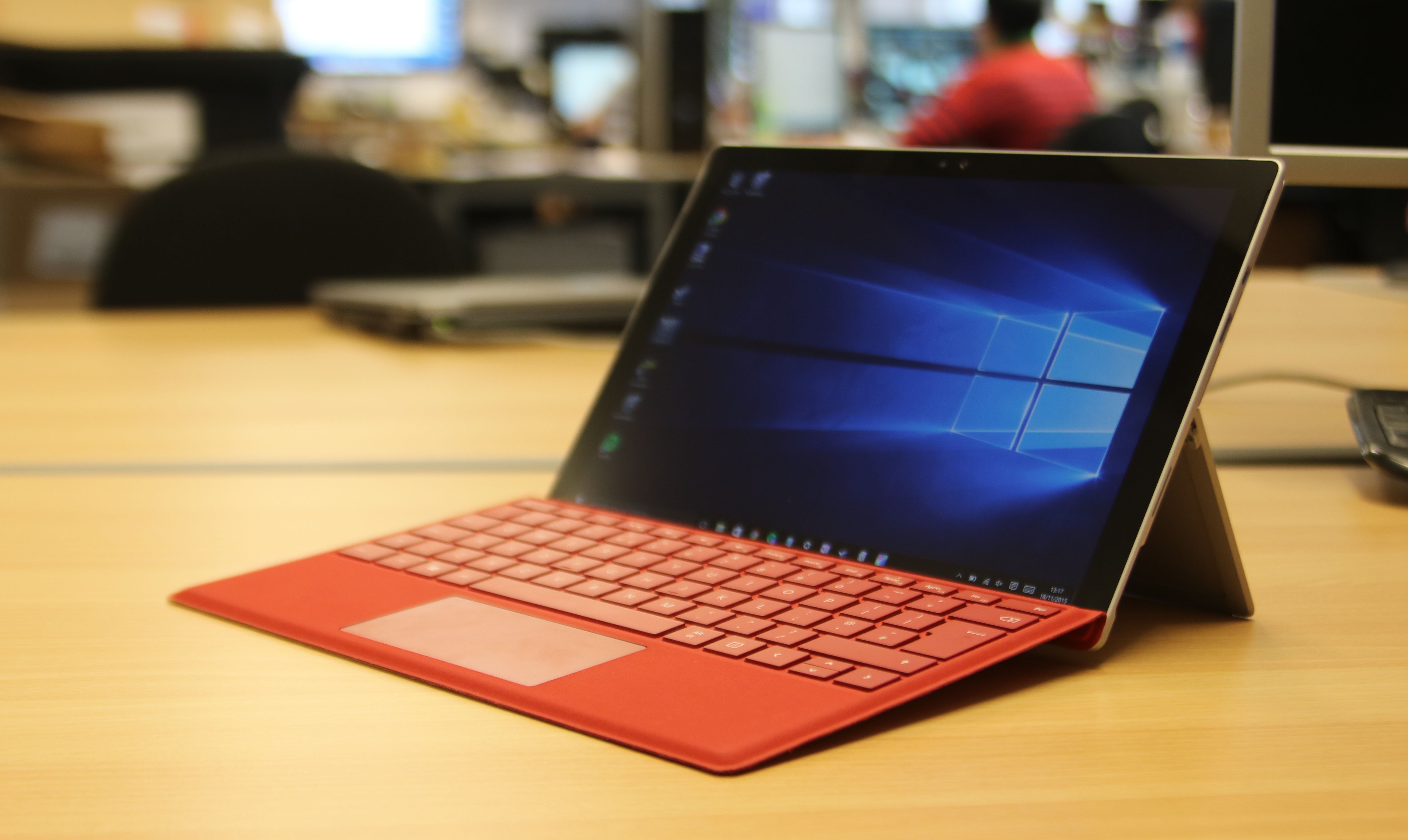 Microsoft Surface Pro 4 review: The once great Windows 10 king