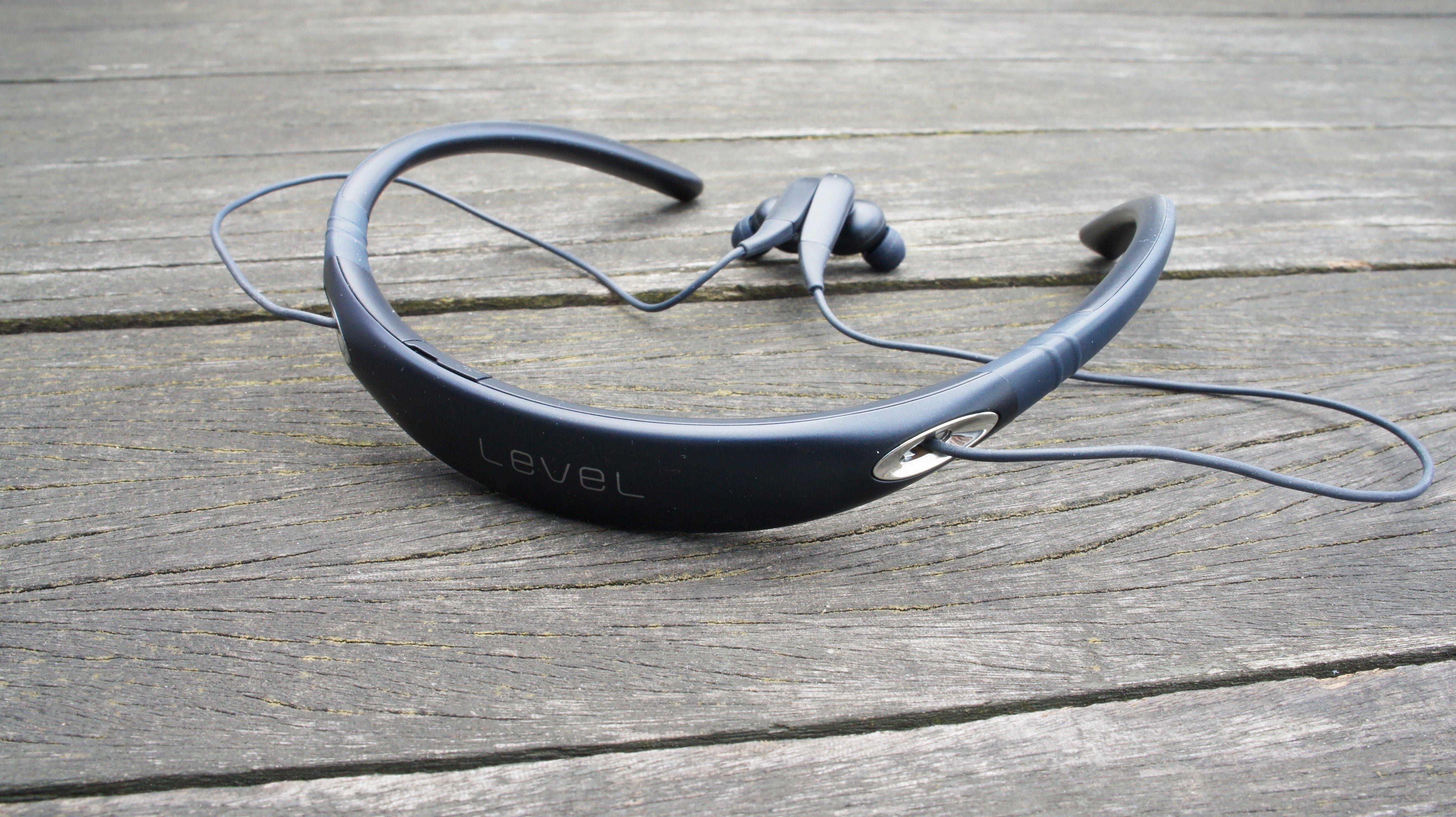 f8072c4c44b Samsung Level U Pro review - collar Bluetooth headphones | Expert Reviews