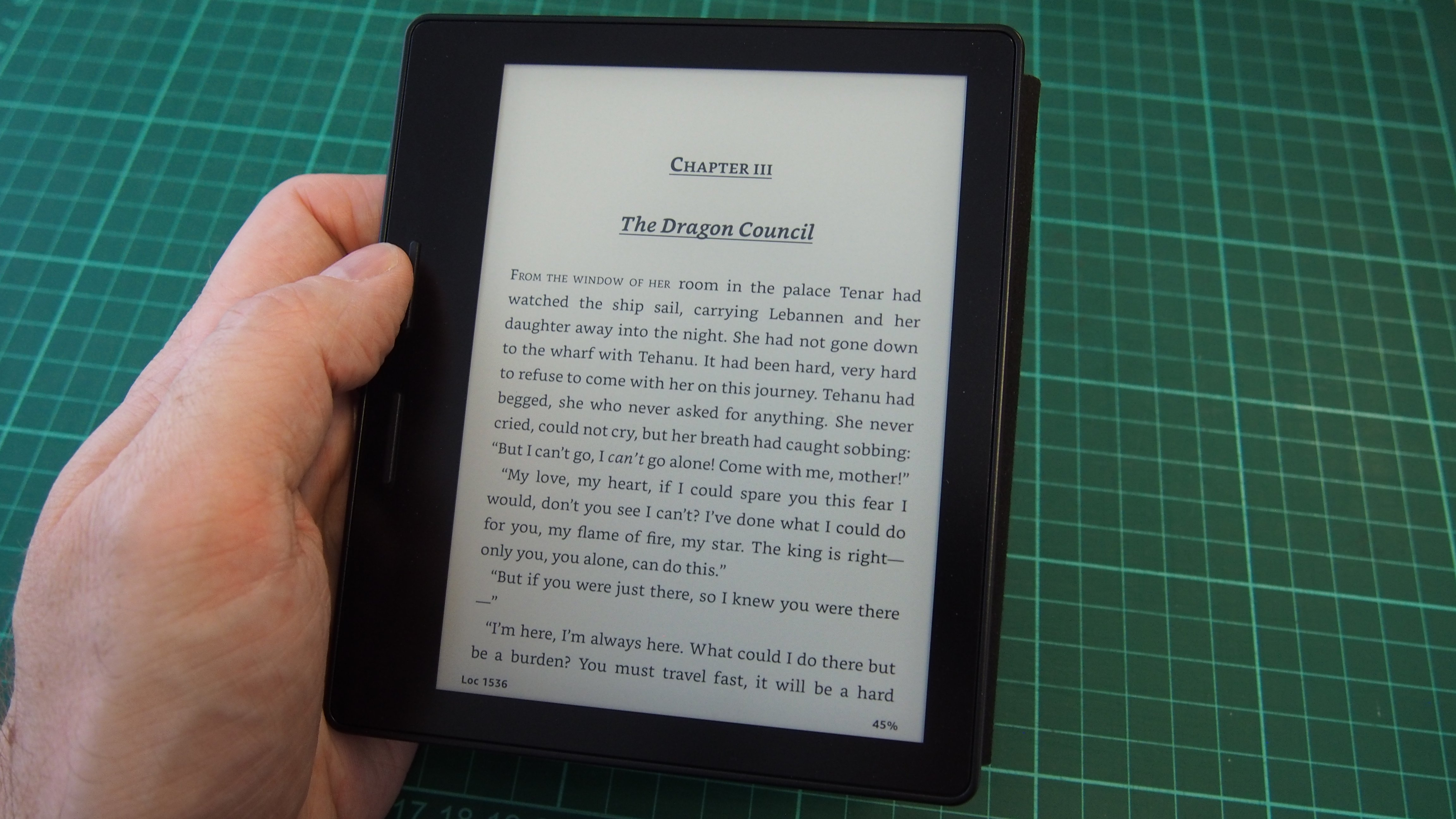 Kindle Vs Sony Reader: Amazon Kindle Oasis Review: Expensive, But Brilliant