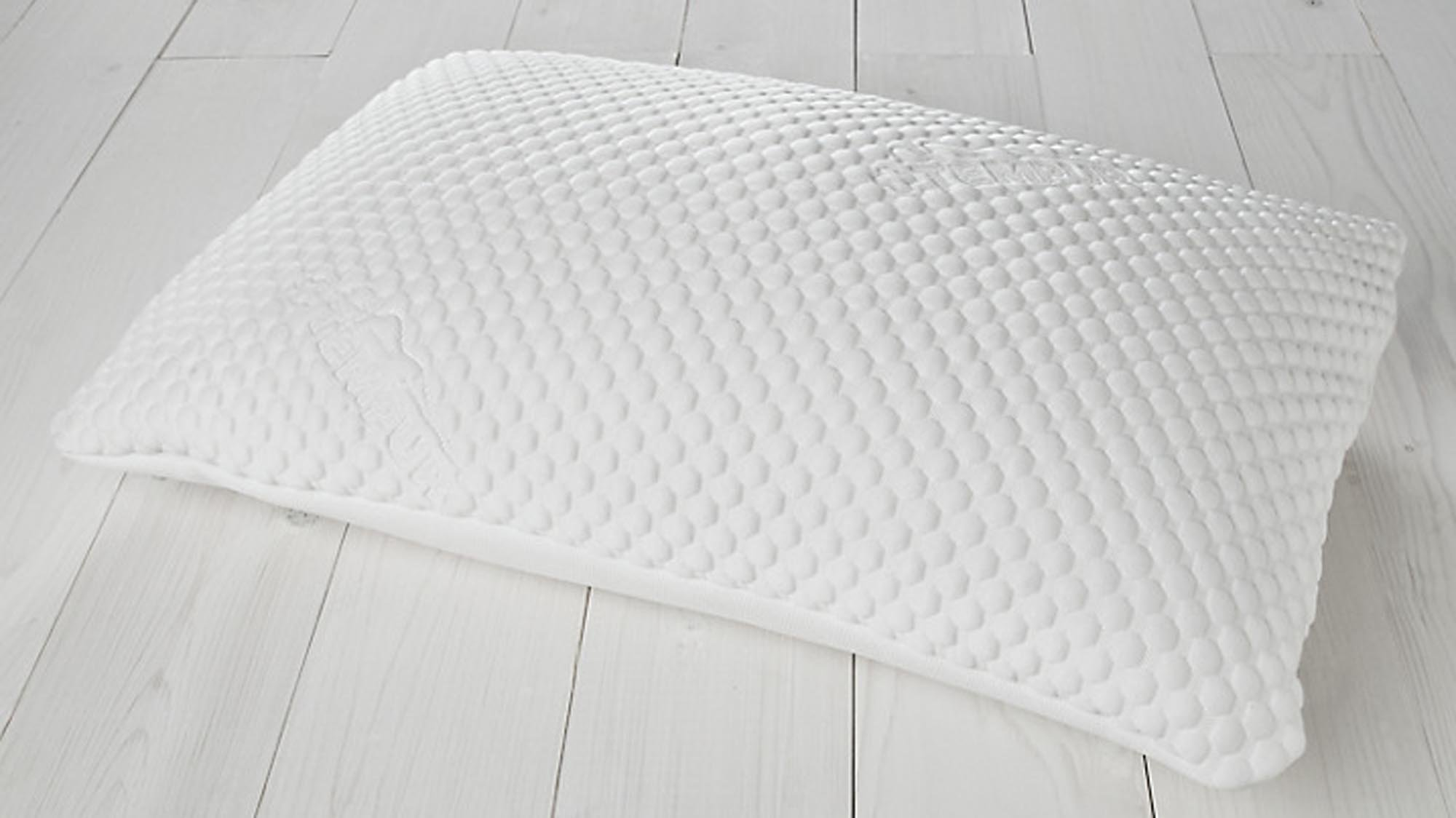 Best Pillows The Best Microfibre Memory Foam And Down Pillows To
