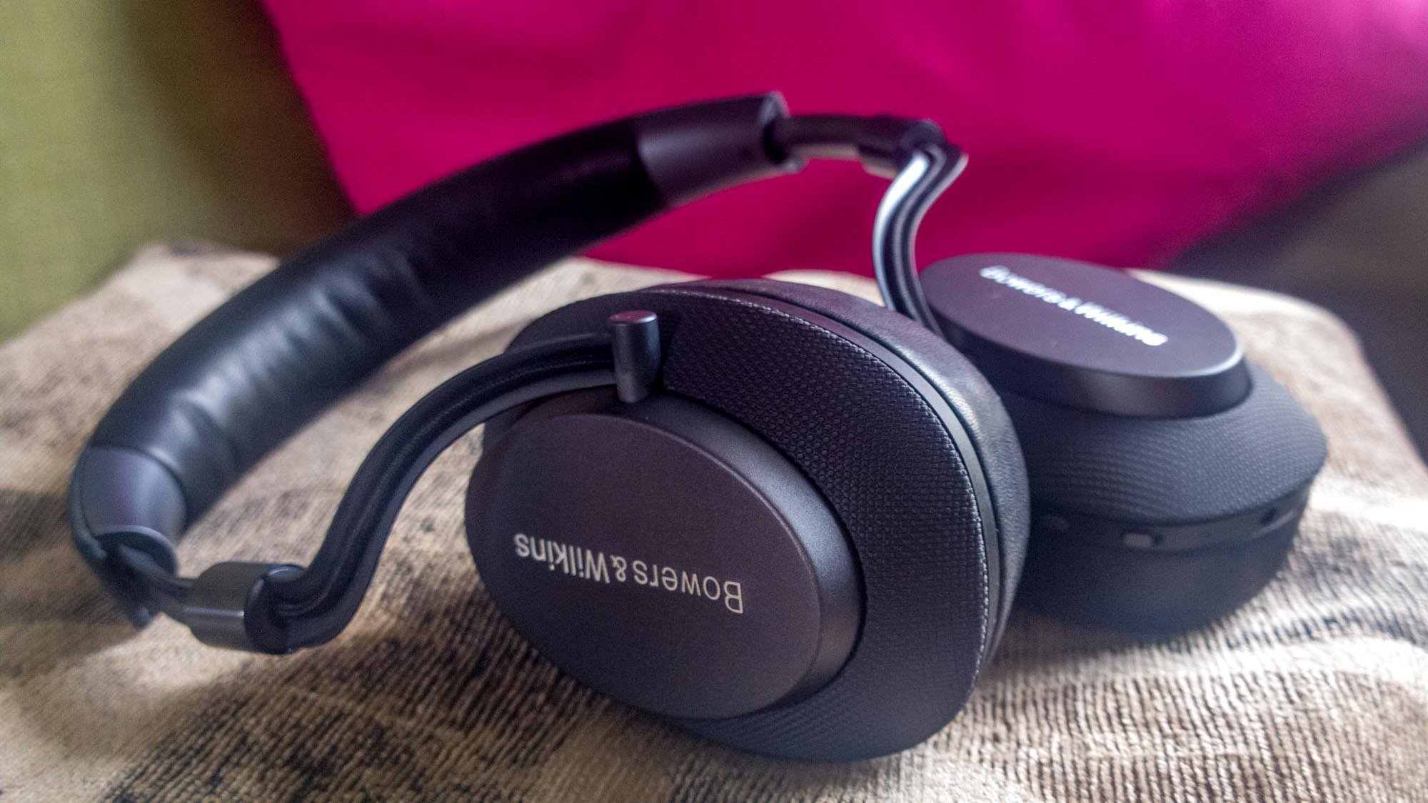 brand new 307de 2b5a1 Bowers & Wilkins PX review: A stylish, understated alternative to ...