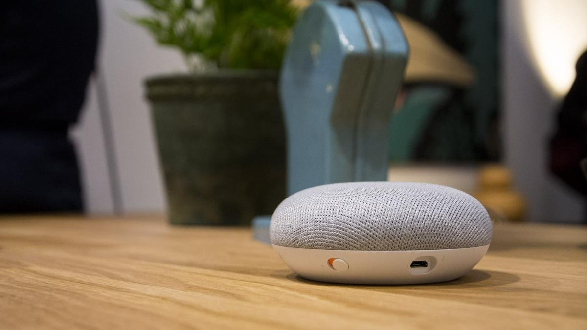 can you cast a google home mini to speakers