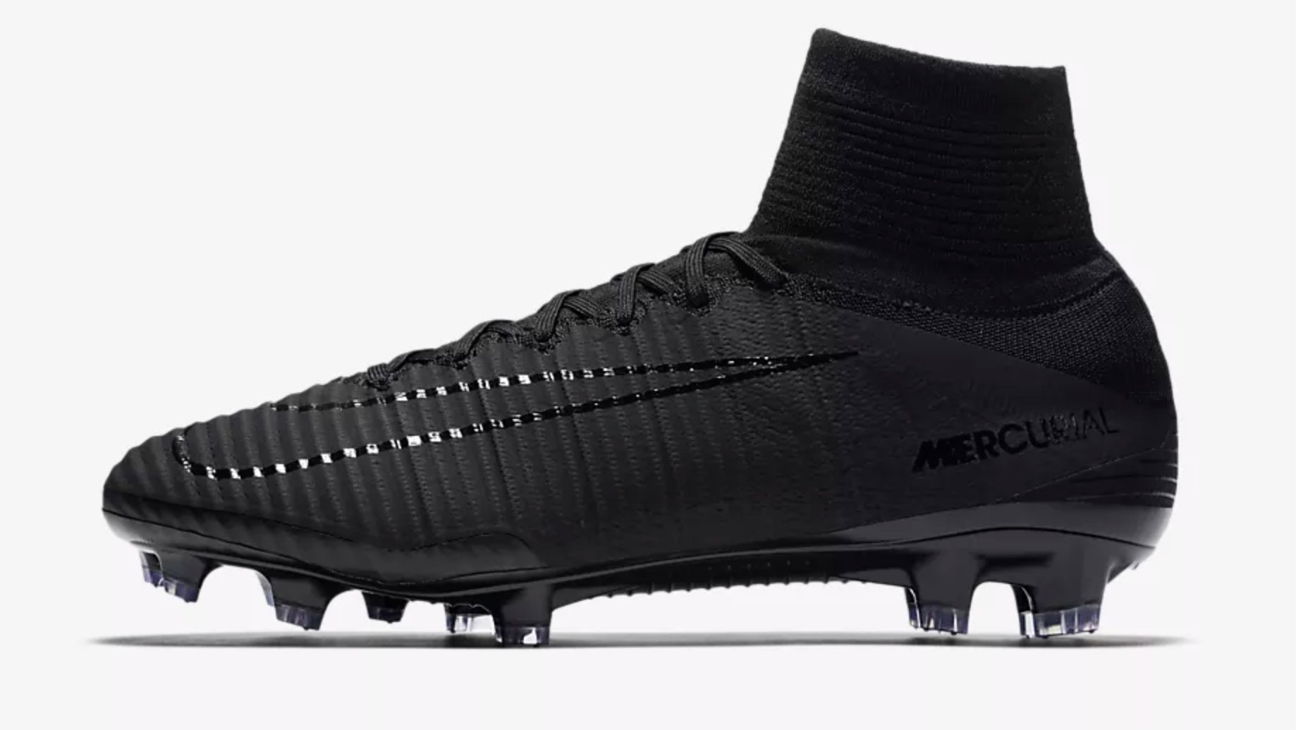 If your game is all about speed then the Mercurial Superfly is the boot for  you. It s incredibly light 2fff96a92b