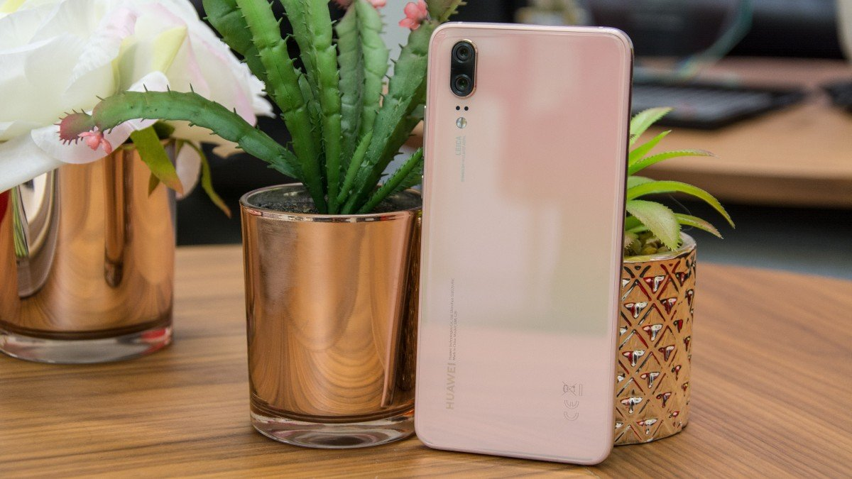 Huawei P20 Review This Handsome Handset Is Now 200 Cheaper Lg L20 4gb White Expert Reviews