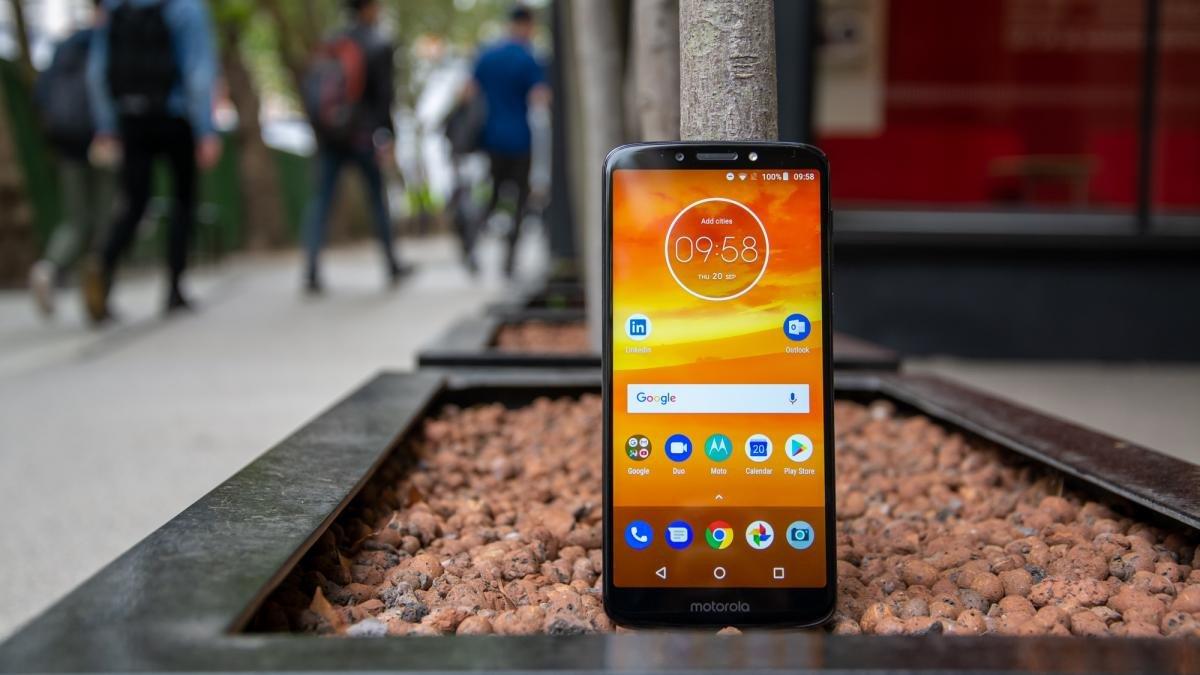 best budget smartphone 2019