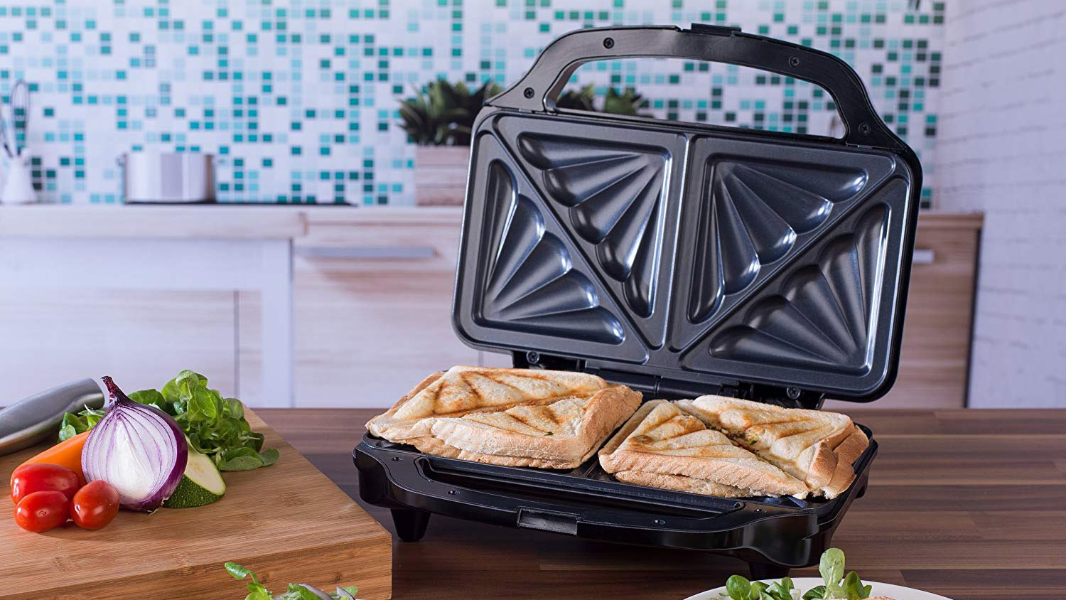 2545060b6e5 Best sandwich toaster 2019  Create the perfect toasted sandwich ...