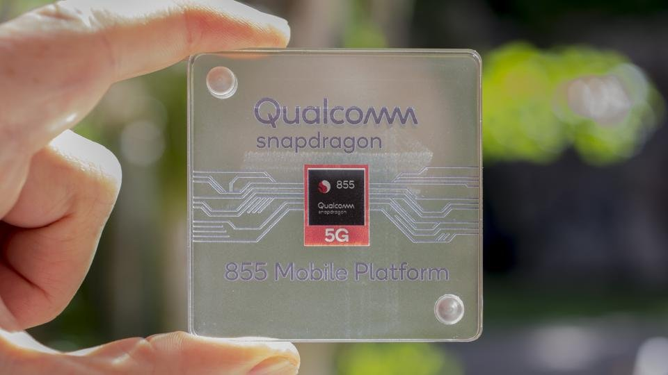 Qualcomm's Snapdragon 855+ is overclocked and boosts