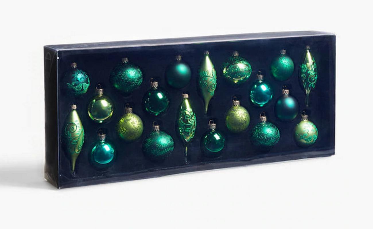 Best Christmas Tree Decorations 2019 Stylish Xmas Props