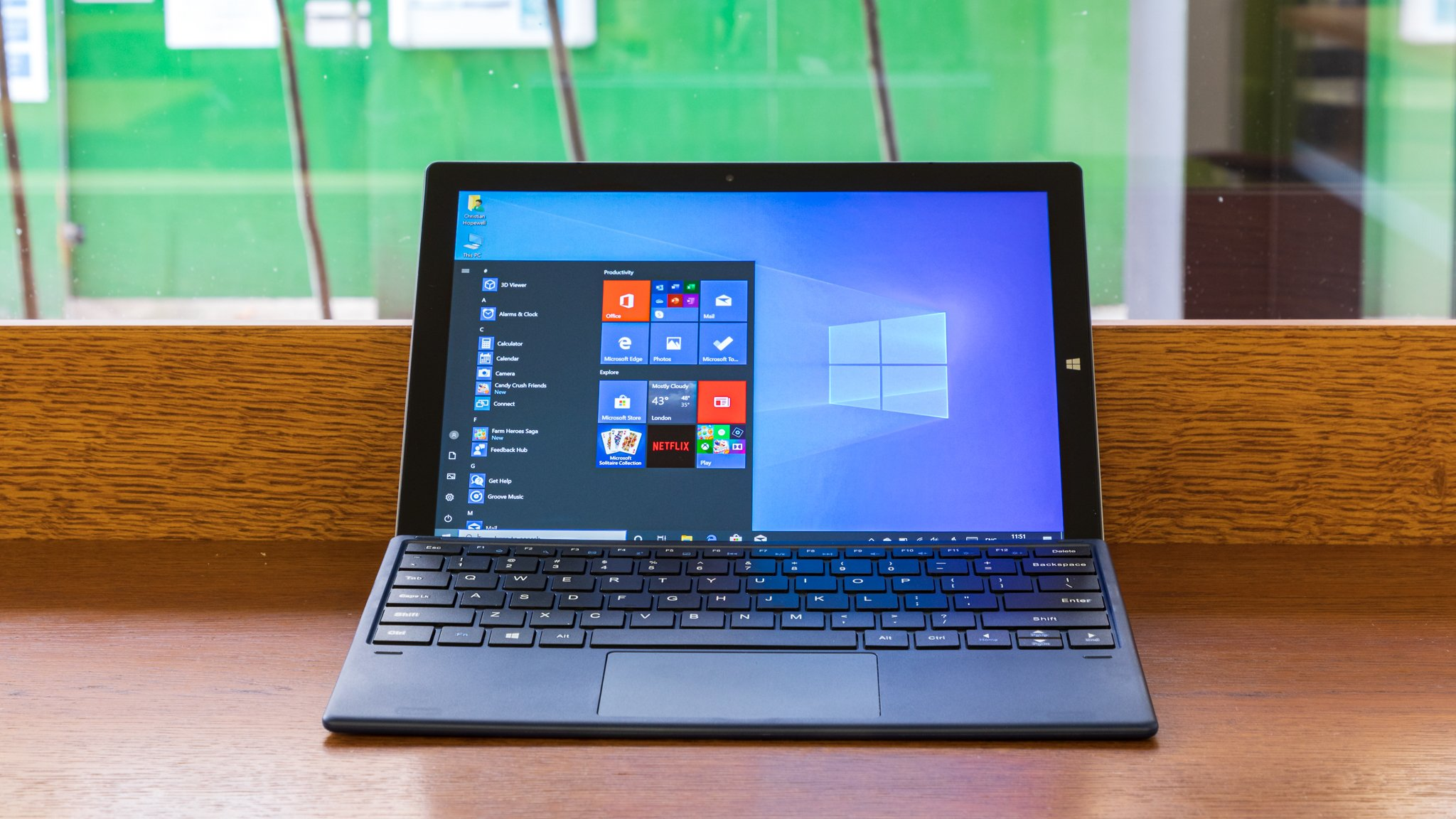 Chuwi UBook Pro review: A 2-in-1 Windows system at a very persuasive