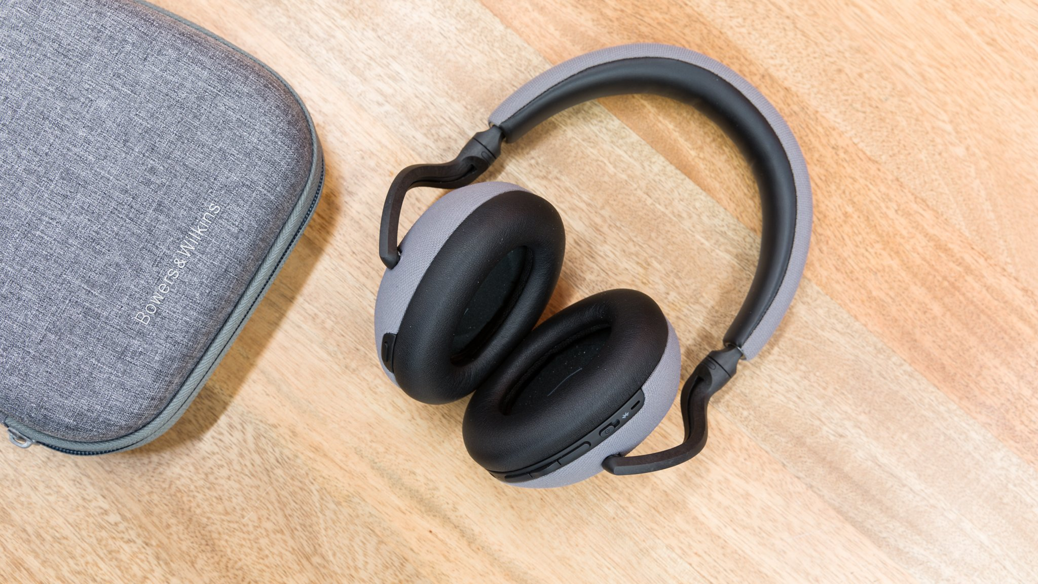 Bowers & Wilkins PX7 review: Better than the Sony WH-1000XM3?