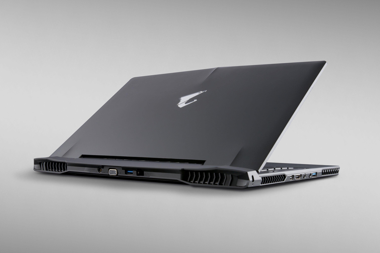 Gigabyte Reveals Aorus X5 Gaming Laptop With Dual Gtx 965m Expert Reviews