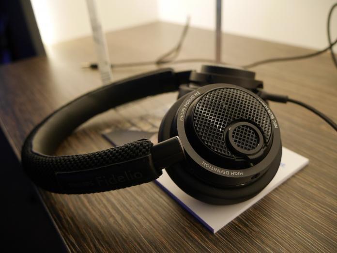 Fidelio L2 Fidelio M1 BT SHK 1030 M2 BT Headphone Desk Stand For Philips