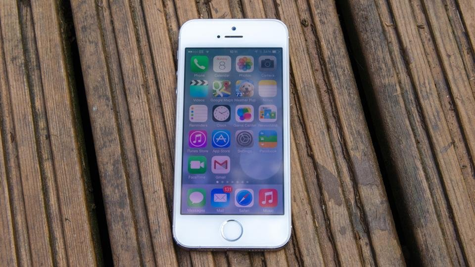iphone 5s review expert reviews. Black Bedroom Furniture Sets. Home Design Ideas
