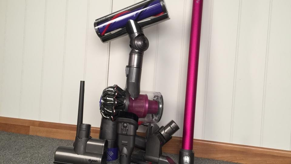 dyson v6 absolute review no longer on sale expert reviews. Black Bedroom Furniture Sets. Home Design Ideas