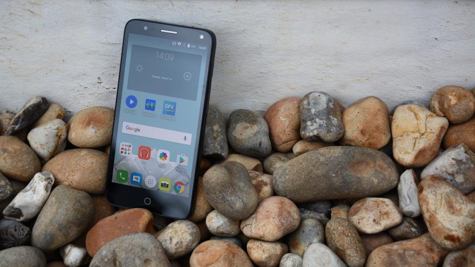 Alcatel Pop 4 review: Promises much but fails to deliver