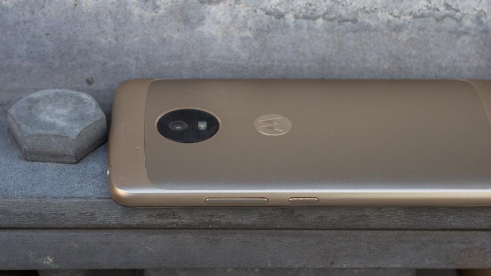 Moto G5 review: A solid budget phone for just £79 right now