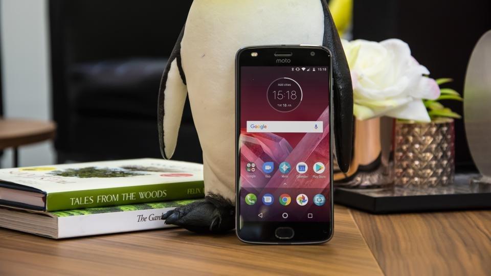 Motorola Moto Z2 Play review: Lenovo's modular phone is a