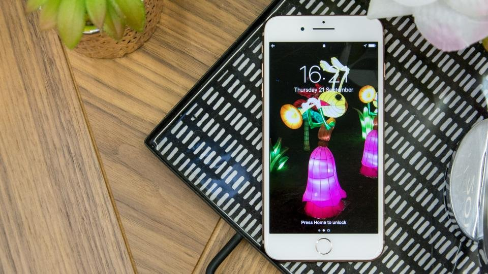 buy popular 15bf1 4bd76 Apple iPhone 8 Plus review: Price reduction following Apple's autumn ...
