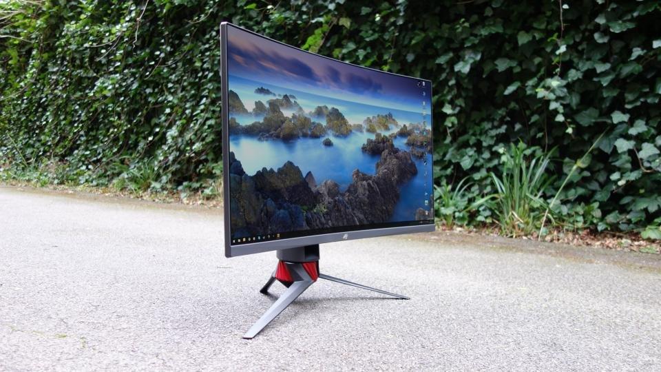 Asus ROG Strix XG32VQ review: The fanciest big-screen gaming