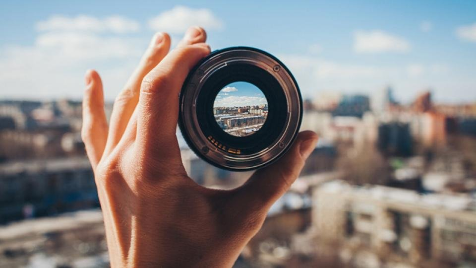 How To Buy The Best Camera Lens For Your Slr Or Compact Camera Expert Reviews