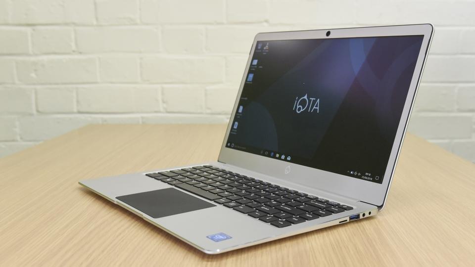 Iota Slim review: MacBook build for \u00a3150 \u2013 what\u2019s the catch? | Expert Reviews