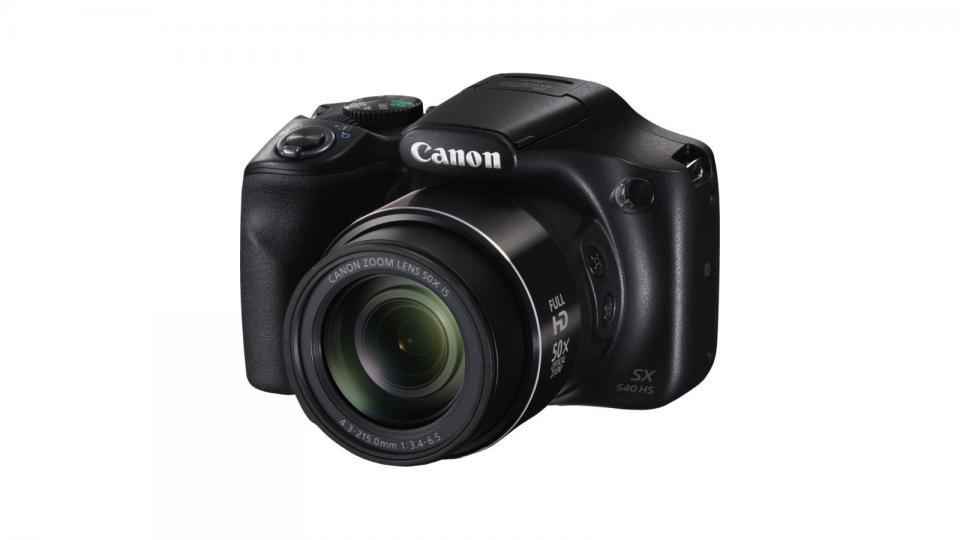 Top compact cameras under 200