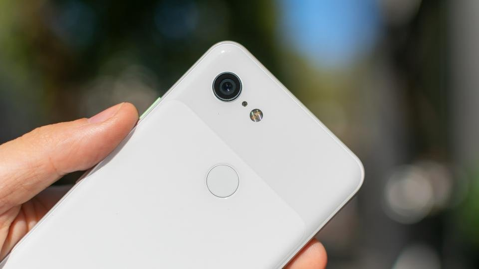 Pay only £24 per month for a Google Pixel 3 with this Vodafone deal