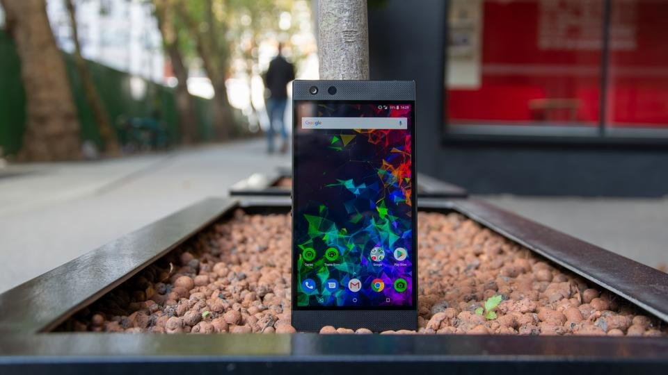 Razer Phone 2 review: Price drops by £280 | Expert Reviews