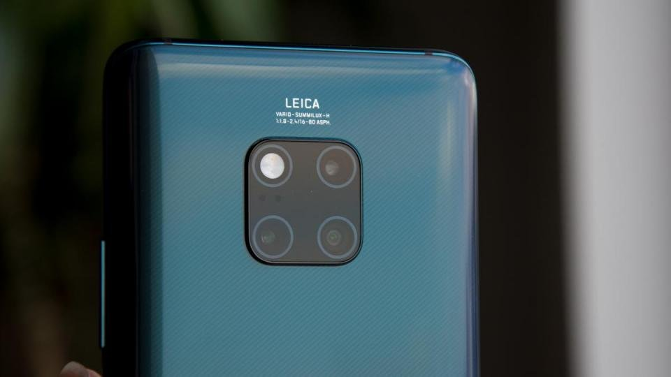 6bba5846461 Huawei s Mate 20 Pro has a rather unusual triple-camera arrangement. The  standard 40-megapixel RGB camera is capable of capturing images with  greater ...